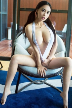 escort  eva from uk